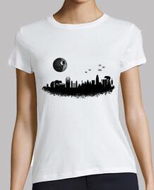 Camiseta mujer del Skyline de Barcelona versión Star Wars