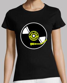 Camiseta negra vinyl culture