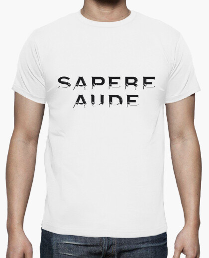 Camiseta Sapere Aude