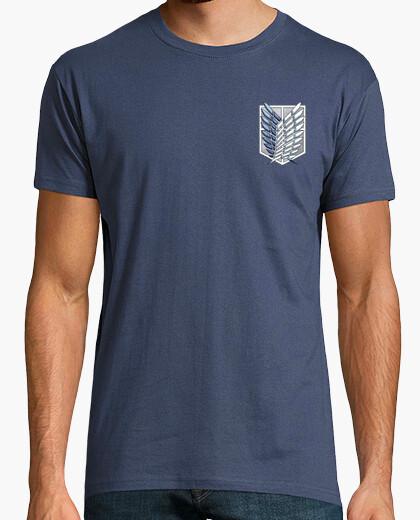 Camiseta Shingeki Survey Corps - Logos delante y detras