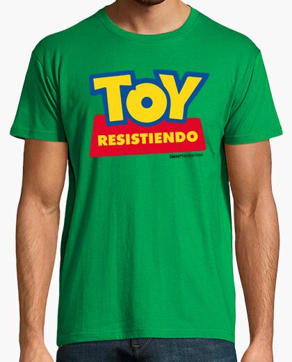 Camiseta Toy resistiendo