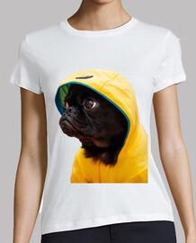 cane carlino pug impermeabile giallo film it t-shirt donna