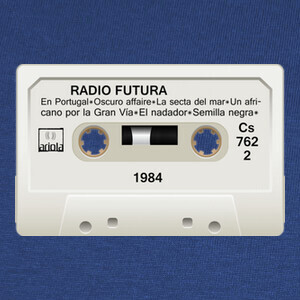 Camisetas Cassette Radio Futura