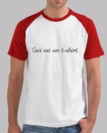 Ceci est un t-shirt