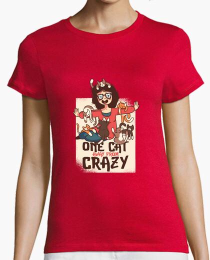 Tee-shirt chemise la fille avec les chats