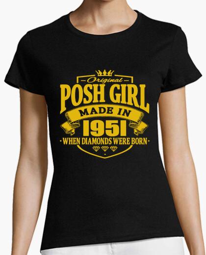 Camiseta chica elegante hecha en 1951