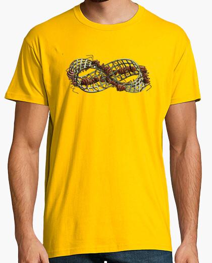 Camiseta Cinta de Moebius by Escher