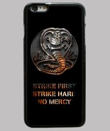 Cobra Kai on Fire iPhone 6 Plus, negra