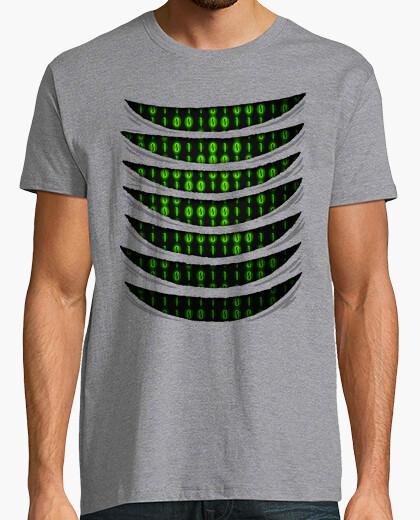 Tee-shirt code binaire à l'intérieur