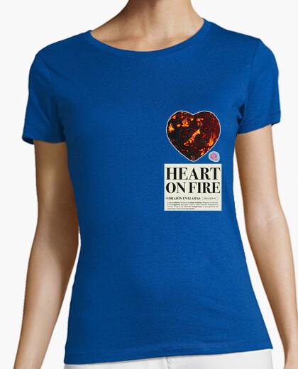 Tee-shirt coeur sur le feu femme