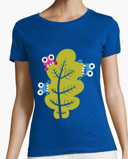 Camiseta comen insectos lindos hoja verde