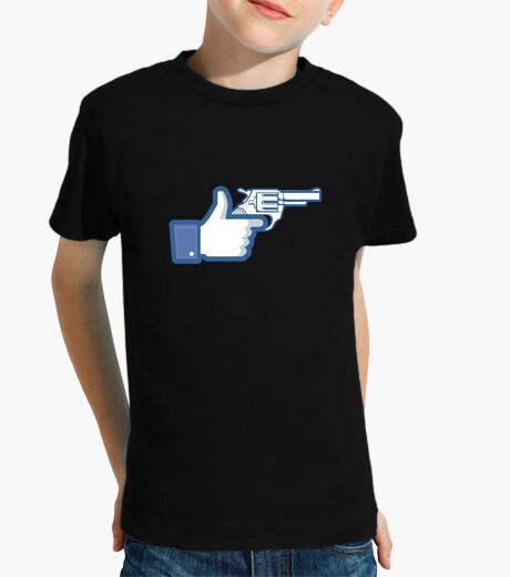 Ropa infantil como una pistola, facebook como
