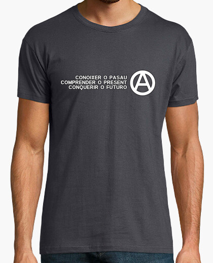 Conoixer or pasau understand or present conquerir the future t-shirt