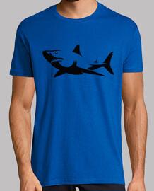 contorno scuro di squalo