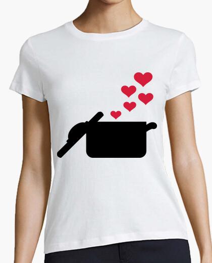 Camiseta corazones rojos olla