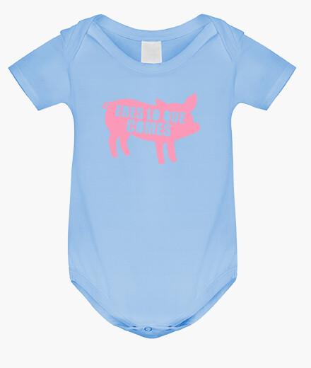 Vêtements enfant corps bébé, ciel bleu