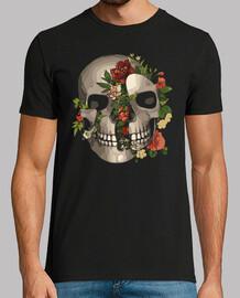 crâne brisé avec des fleurs