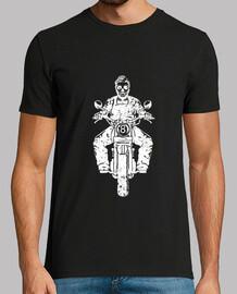 crâne de moto blanc porté