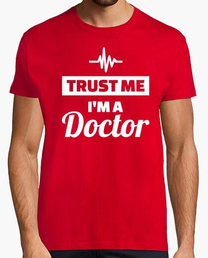 T-shirt credimi sono un dottore