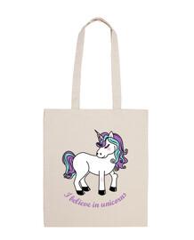 credo in unicorni