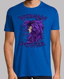 dame dans le violet