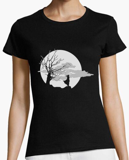 T-shirt darkness