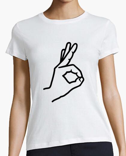 Camiseta dedo de la mano ok