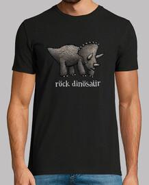 dinosaurio triceratops roca camiseta