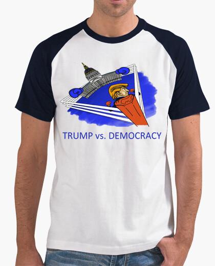 T-shirt discarica trump - trump contra la democracia