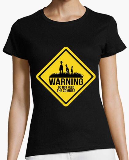 Camiseta Do Not Feed The Zombies