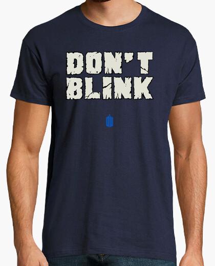 Camiseta DON'T BLINK