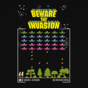 Camisetas Dronecoria Space Invaders Beware the in