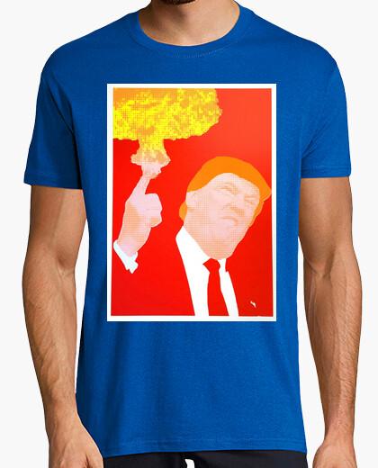 Camiseta dump trump - bomba atómica