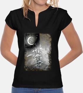 échelle pour la jeune  femme  de la lune