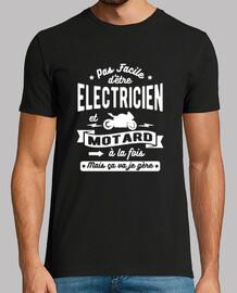 Electricien et motard