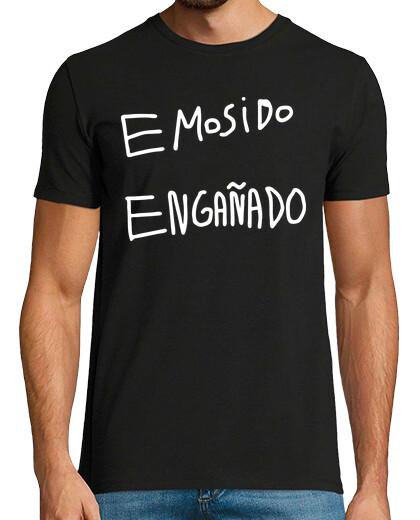 Visualizza T-shirt attualità