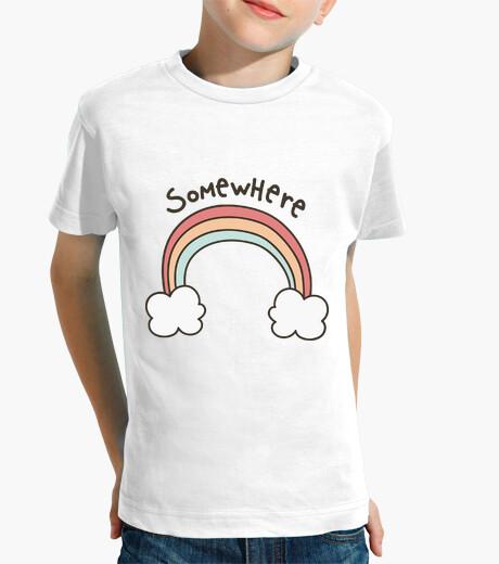 Vêtements enfant enfant, manches courtes, blanc quelque part au-dessus de l'arc-en-ciel