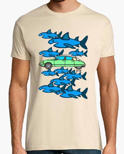 Camiseta Entre TIBURONES