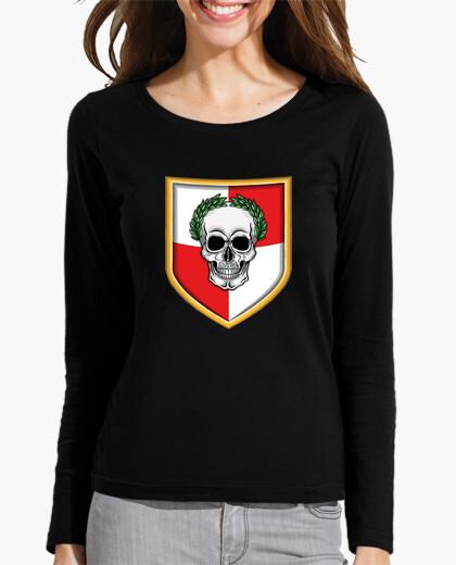 Camiseta Escudo imperial con calavera