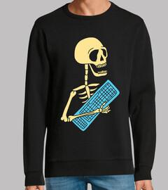 Esqueleto con teclado