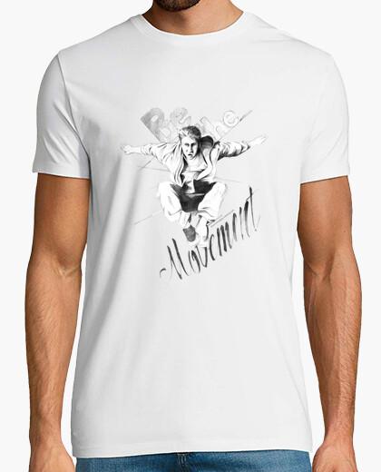T-shirt essere il movimento