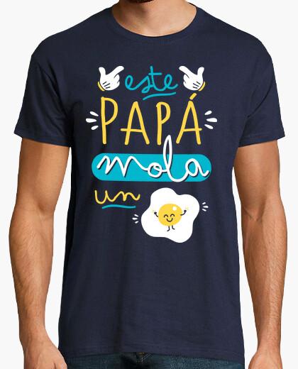 Camiseta Este papá mola un huevo