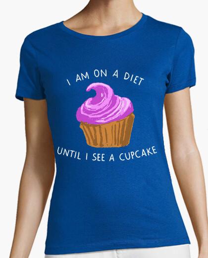 Camiseta estoy en una dieta hasta que veo una magdalena