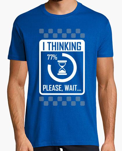 Camiseta Estoy Pensando