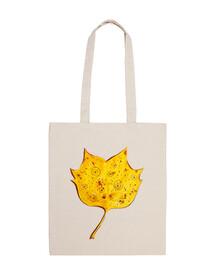 fantasia capricciosa foglia di autunno giallo