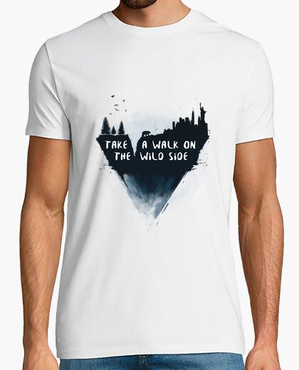 T-shirt fare una passeggiata sul wild side