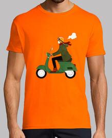 fille de scooter