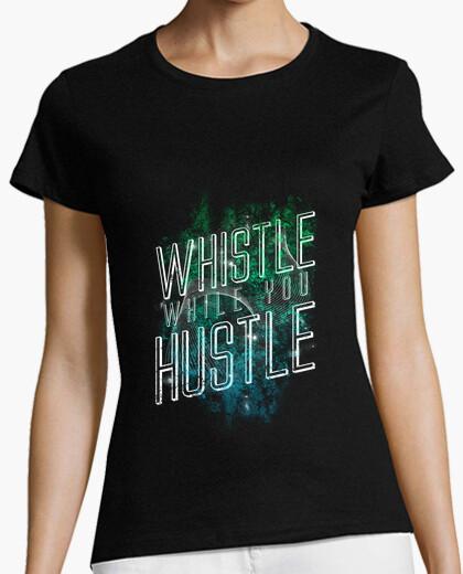 T-shirt fischio mentre you hustle