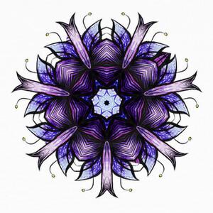 Flor caleidoscópica abstracta en violet T-shirts