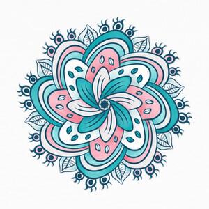 T-shirt occhi nascosti fiore mandala